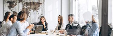 Visual Stellenanzeige - Junior Controlling / Finance Manager